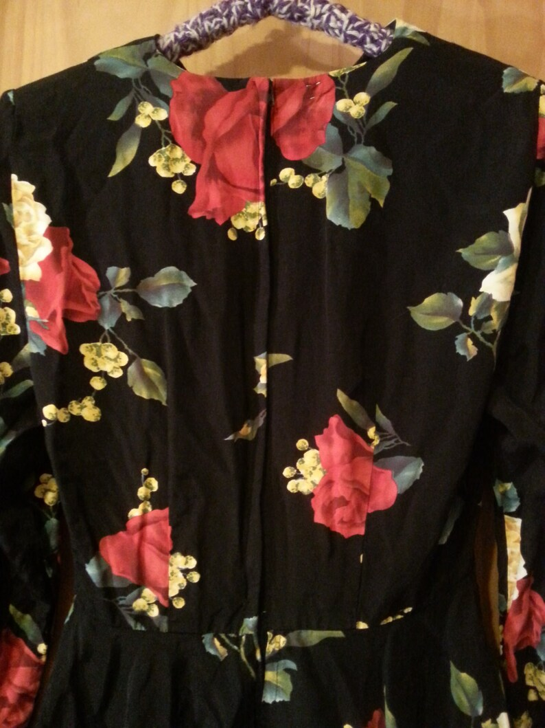 Vintage 80s 90s Floral Print Roses Romantic Peplum Long Sleeve Black Dress Size