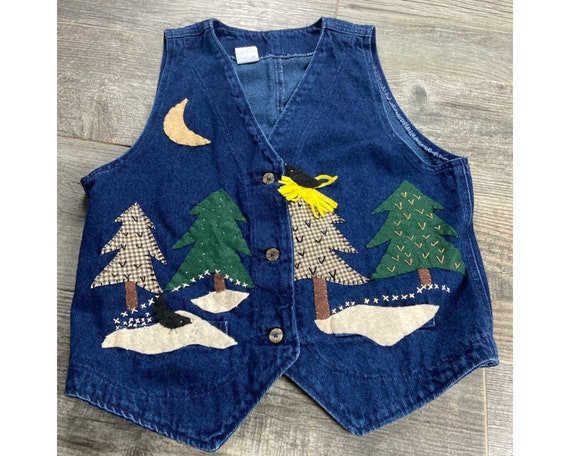 Vintage 80s denim vest with Adorable black bird forest scene embroidered on the front 100/% cotton Size medium
