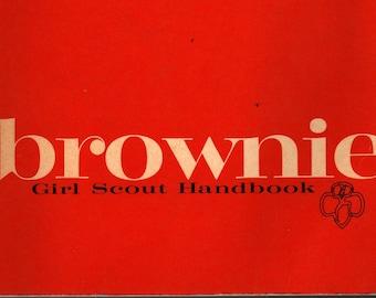 Brownie Girl Scout Handbook + 1975 + Vintage Kids Book