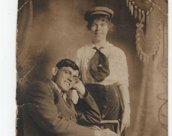 Cute Couple * Photo * 1930s * Vintage Postcard