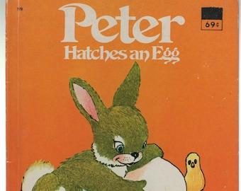 Peter Hatches an Egg * Louise Bienvenu-Brialmont * George Smith * Marcel Marlier * Wonder Books * 1977 * Vintage Kids Book