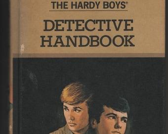 The Hardy Boys Detective Handbook * Franklin W Dixon * Grosset & Dunlap * 1987 * Vintage Kids Book