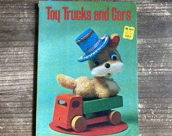 Toy Trucks and Cars * Akihiko Tsutsumi * Froebel-Kan * 1972 * Vintage Board Book