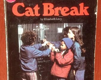 Cat Break * Elizabeth Levy * Norma Holt * 1976 * Vintage Kids Book