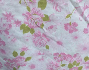 Pink Roses with Green Leaves * Vintage Flat Sheet