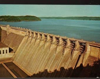 Wolf Creek Dam + Lake Cumberland, Kentucky + Vintage Souvenir Postcard