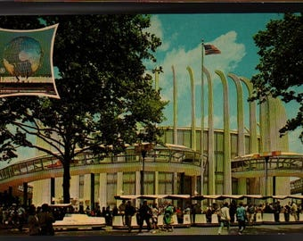 Ford Rotunda * New York World's Fair 1964-1965 * Vintage Souvenir Postcard