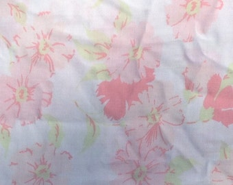 Pink Flower Fitted Sheet and Pillowcase + 1970s + Vintage Linens and Fabric