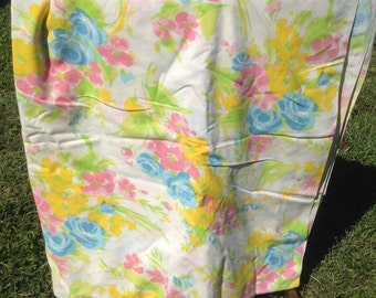 Pastel Flowers Bedsheet + Bibb + 1980s + Vintage Linens