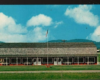 Cape Craft Pine of Tennessee * Pigeon Forge, TN * Vintage Souvenir Postcard