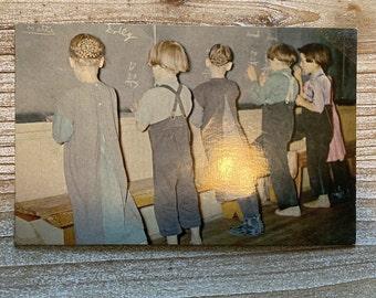 Pennsylvania Dutch * Amish Children * James E Hess * Lancaster * Pennsylvania * Vintage Photo Postcard