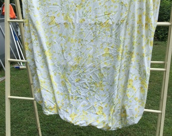 Yellow Wildflowers with Green Stalks. * Vintage Fitted Sheet