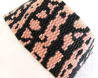 Gila Monster Peyote Cuff / Peyote Bracelet (2370) - A Sand Fibers Creation