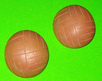 Vintage 1950s Dusty Rose Pink Wood Large Round Circle Button Earrings