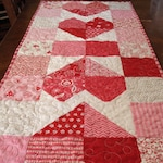 Pattern for Fast and Easy Quilt, Charming Hearts Table Runner or Wall Quilt Pattern, Instant Download PDF, Quiltsy Destash Party