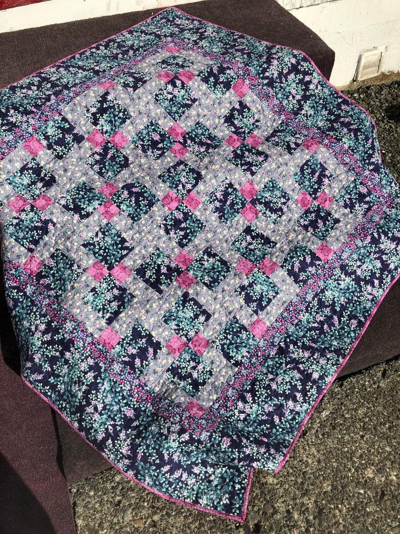 Floral Patchwork Lap Quilt image 0