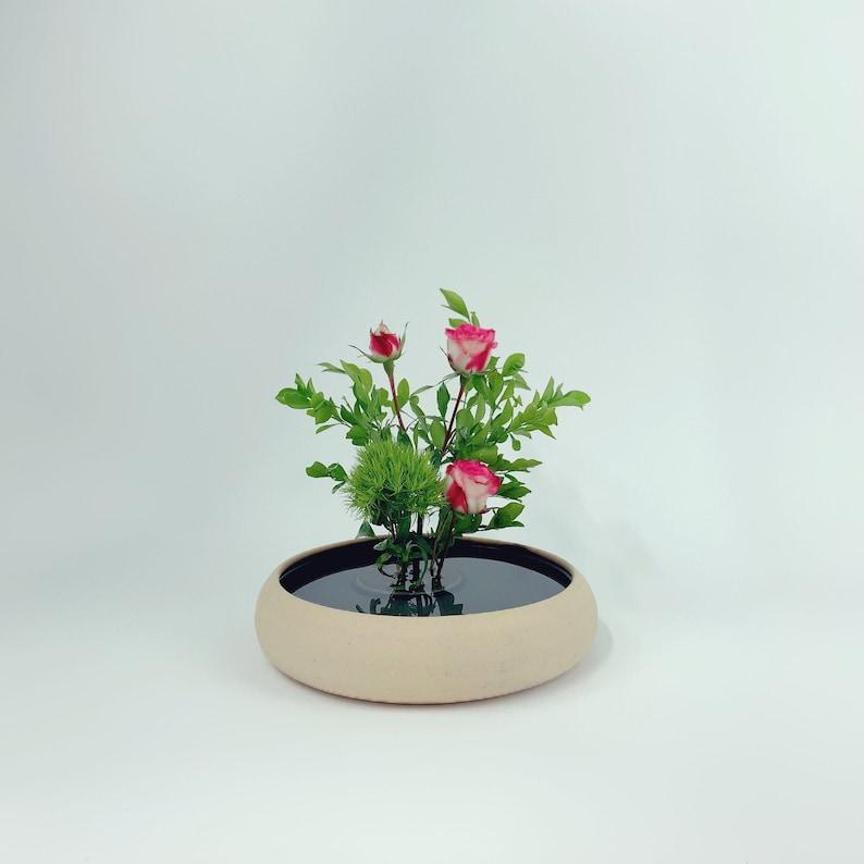 Flat Ikebana Vase // Flower Arrangements image 0