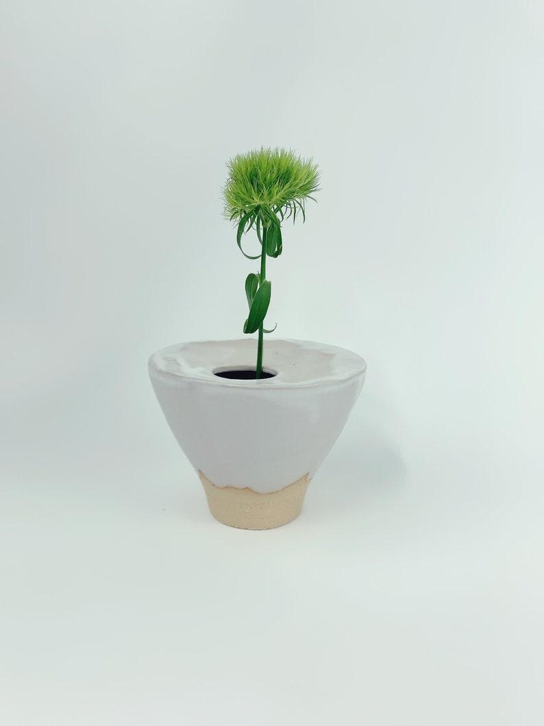 Covered Matte Ikebana Vase // Flower Arrangements image 0