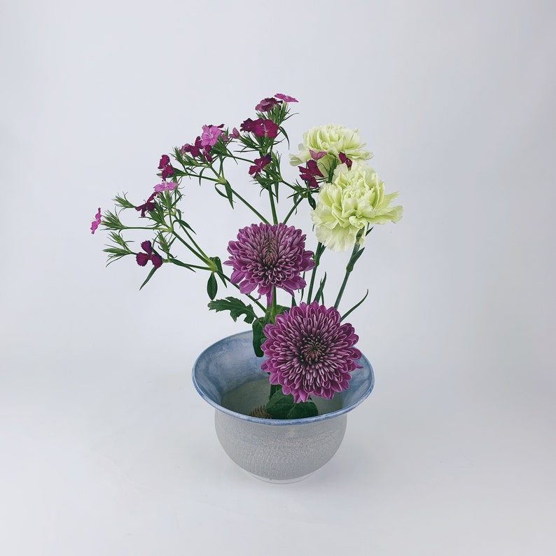 Ikebana fit in frog Ikebana Vase // Flower Arrangements image 0