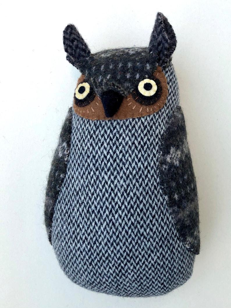 Grey Owl wool pillow doll image 0