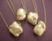 1 Puff pillow pearl on sterling chain