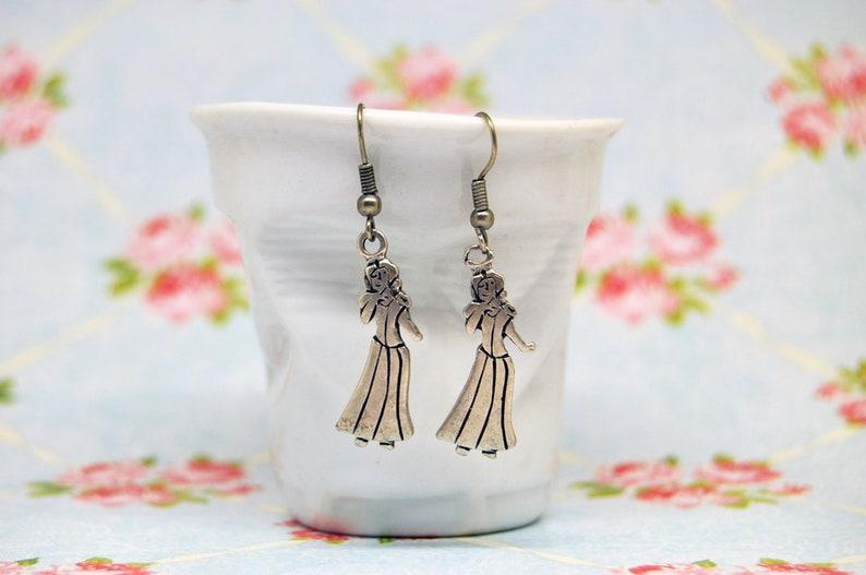 Snow White earrings,Fantasy Earrings,funny earrings,Cartoon Earrings,Fairy-tale Earrings