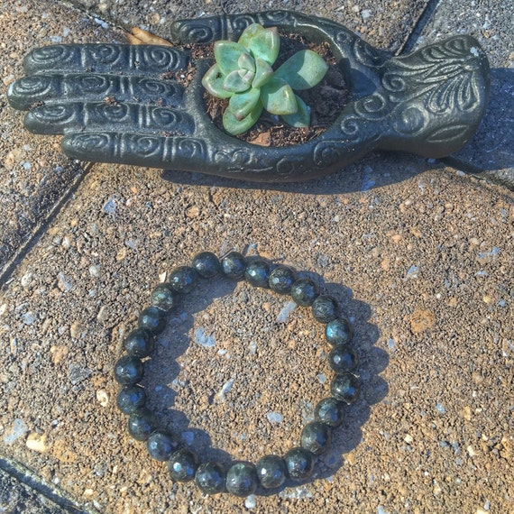 8 mm Genuine Labradorite Beaded Stretch Bracelet