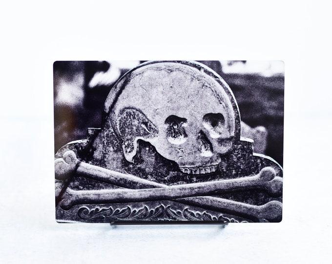 Black and White Skull and Crossbones Metal Print