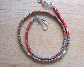 """Green Mexican Turquoise and Spiny Oyster Shell Necklace - Southwestern Turquoise Necklace - Suitable for Men and Women - 20 1/2"""""""