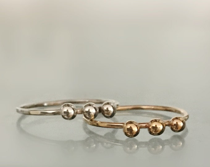 14k Gold/ Sterling Silver Skinny Ring Band With 3 Pebbles, Midi Rings