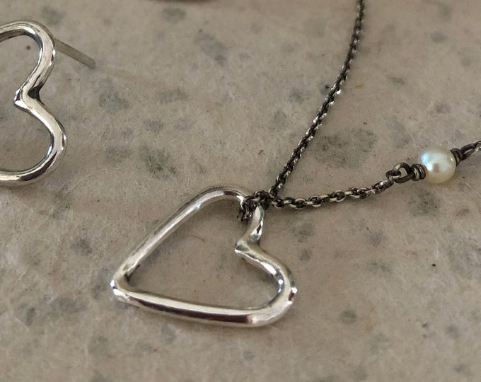 Handcrafted Little Floating Heart Necklace with white Pearl in Sterling Silver