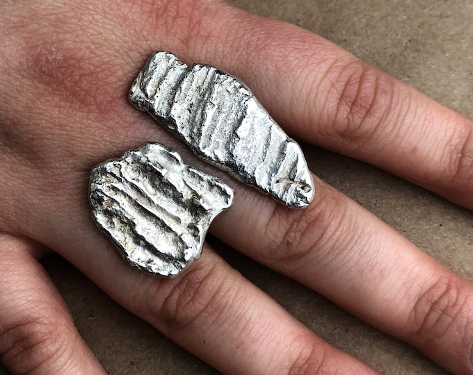 Large Sculptured Open Sterling Silver Ring in Size 7.5