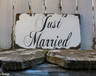 Just Married Sign | Wedding Sign | Just Married Car Sign | Photo Props | Rustic Wedding Decor | Vintage Wedding | Rustic Photography Props