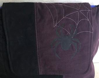 Messenger Bag Spider