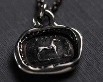 Blest Horse Necklace - Protection and good fortune 415