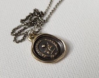 Bronze Rosebud - Wax Seal Crest Necklace in Latin - Under thy favour I shall flourish - 199
