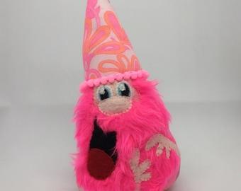 Pink vintage gnome of friendship