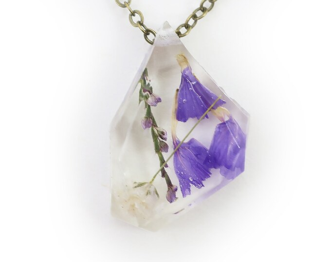 Eco Resin Flower Necklace