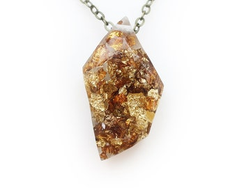 Geometric Gold Flake Resin Necklace   002