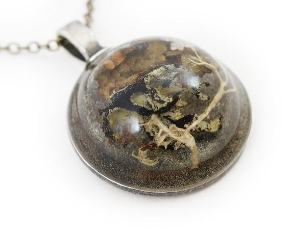 Large Dome Terrarium Necklace • Botanical Jewelry • Science Jewelry • Resin Jewelry • Resin Moss Jewelry • Terrarium Plant Jewelry