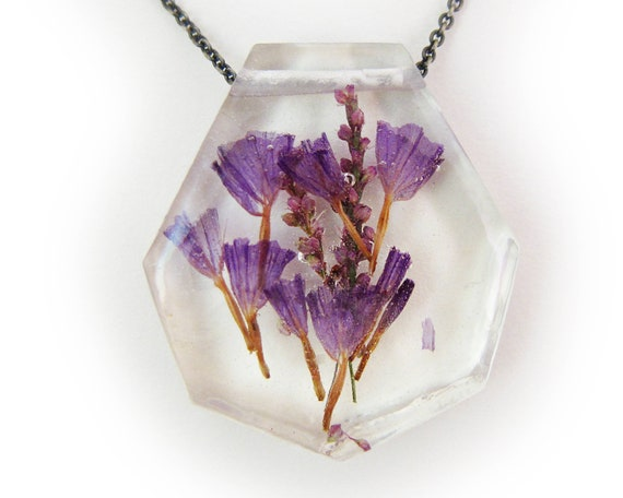 Flower Resin Necklace