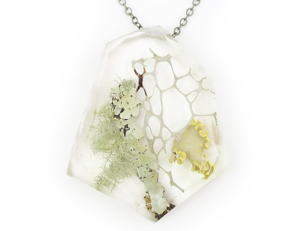 Geometric Terrarium Eco Resin Lichen Necklace • Nature Necklace • Botanical Necklace • Terrarium Jewelry • Nature Jewelry • Resin Jewelry