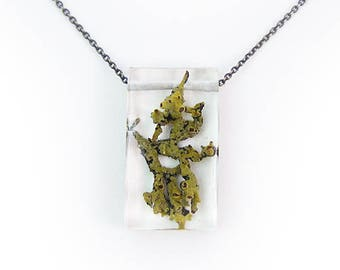 Moss and Lichen Terrarium Rectangle Necklace • Nature Necklace • Eco Resin Terrarium Necklace • Geometric Brass Necklace • Nature Jewelry