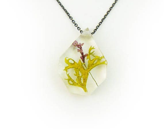Botanical Terrarium and Flower Resin Necklace