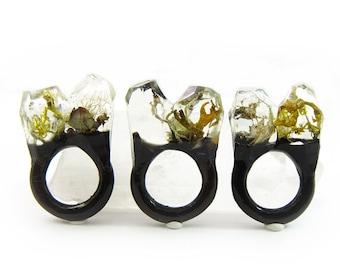 Terrarium Resin Ring   Size 6
