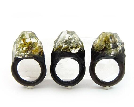 Terrarium Resin Ring | Size 8