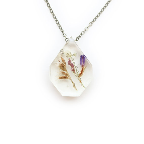 Medium Flower Eco Resin Herbarium Necklace