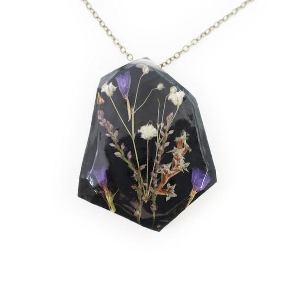 Real Dried Midnight Flower Resin Herbarium Necklace