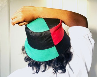 Reversible Bucket hat, Red,Black and Green