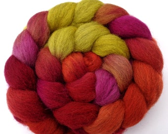 Icelandic hand dyed wool roving for spinning and felting, gradient combed top, fractal heathered burnt orange yellow purple red, 100g, 3.5oz